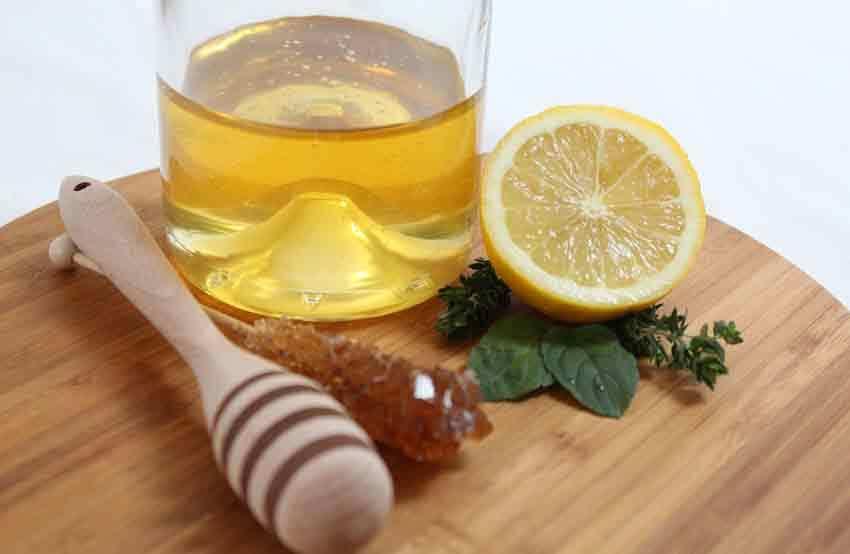 Bal Şeker Limon Suyu İle Ev Yapımı Maske